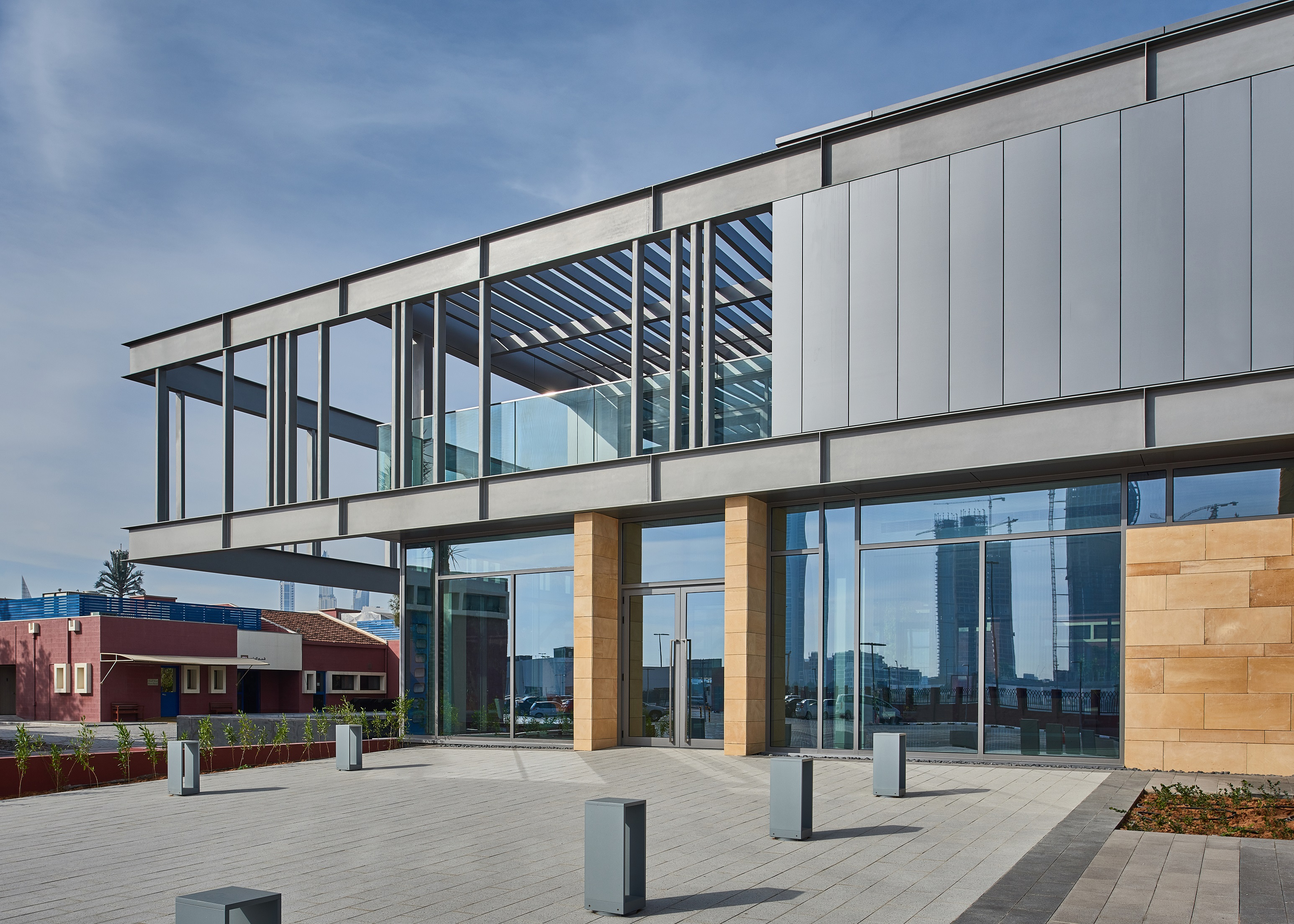 New Reception Building Adds Modern Direction for Dubai ...